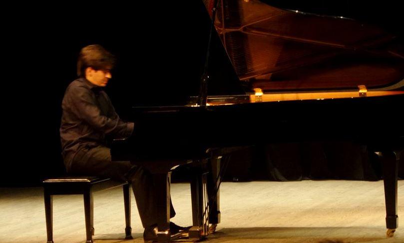 Ρεσιτάλ πιάνου από τον κορυφαίο πιανίστα Γιώργο Καραγιάννη